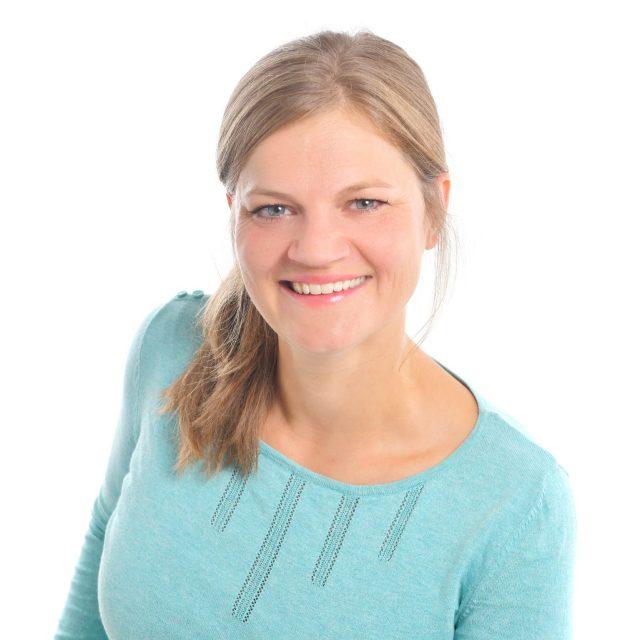Dr. Laura Seebauer